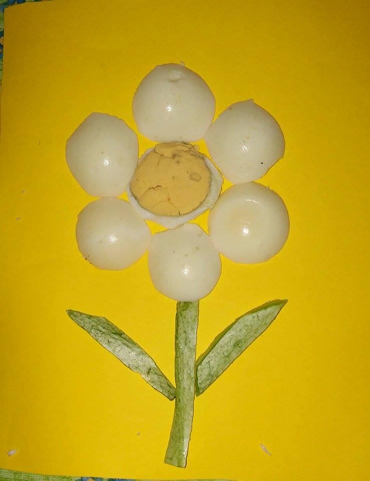 fiore con uova