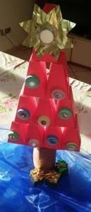 albero di natale con scatole