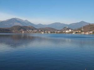 lago-grande-_the-great-lake_-in-susa-valley_-avigliana_-turin_-italy